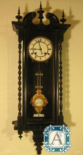 Антикварные продам часы радо москве часов скупка адреса в